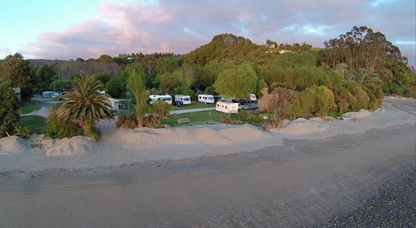 Golden Bay Holiday Park (1)